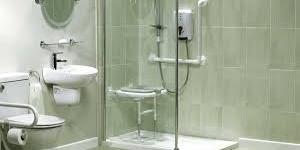 """Doccia accessibile, in Francia si chiama doccia """"all'italiana"""""""